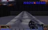 A arma mais inusitada sem dúvidas é este carrinho de controle remoto. O objetivo dele é usá-lo em lugares que o personagem não consegue passar. E o melhor, o carrinho é uma bomba que você pode detonar a qualquer momento.
