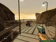 Inimigos que atiram na mesma hora que você, em um desafio semelhante ao encontrado em Half-Life.