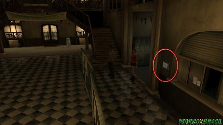 Mapas ficam disponíveis nas paredes.
