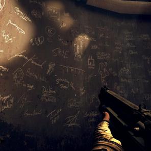 Nesta área secreta é possível encontrar uma parede cheia de dizeres e homenagens para a id Software.